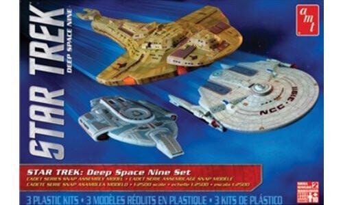 AMT Models Star Trek Cadet Series Deep Space 9 (3 Ship Set) Snap Plastic  Model Kit AMT764